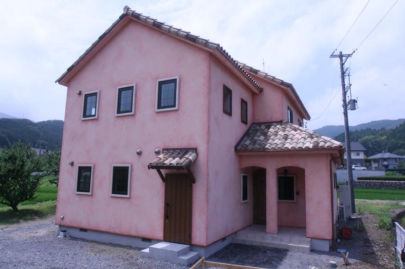 北欧スタイルの可愛らしい家